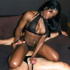 Avignon, jeune Maitresse africaine black